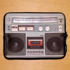 Capa para Tablet Boombox